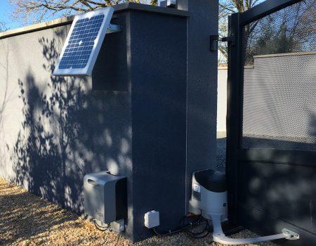 Moteur solaire portail - Performance Habitat